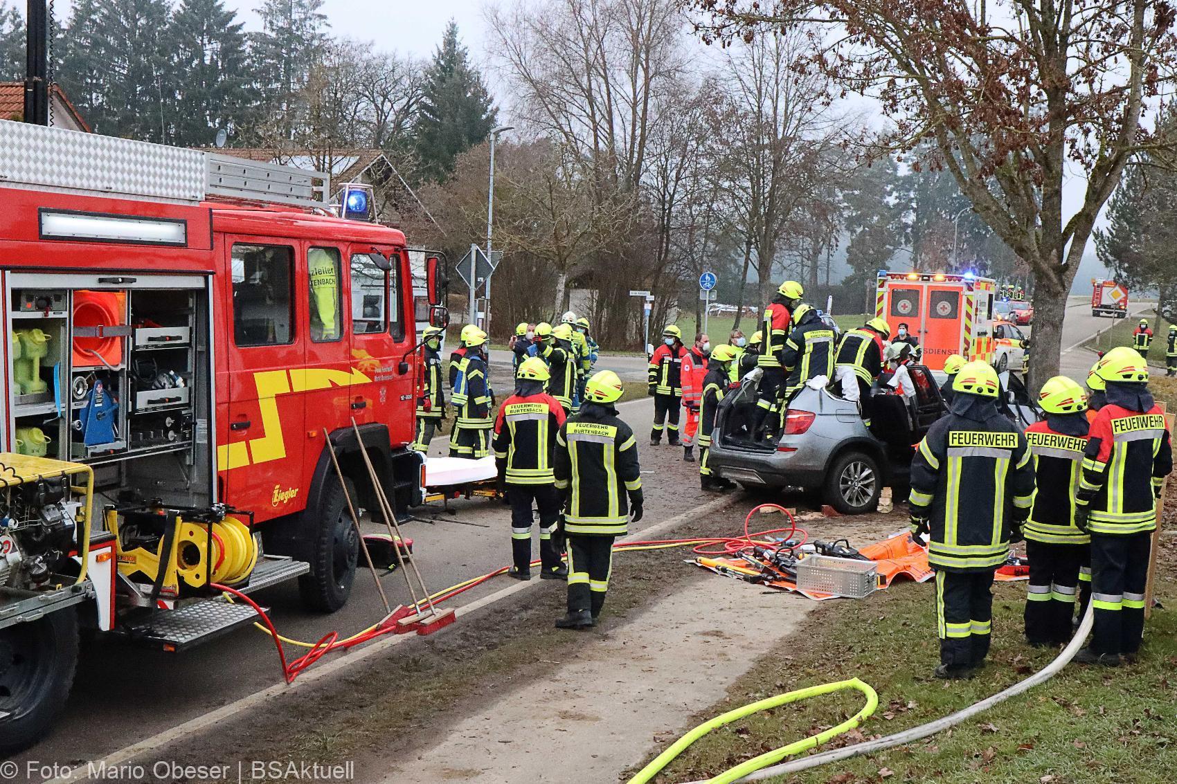 Unfall Kemnat Pkw Baum 20122020 IMG_7237