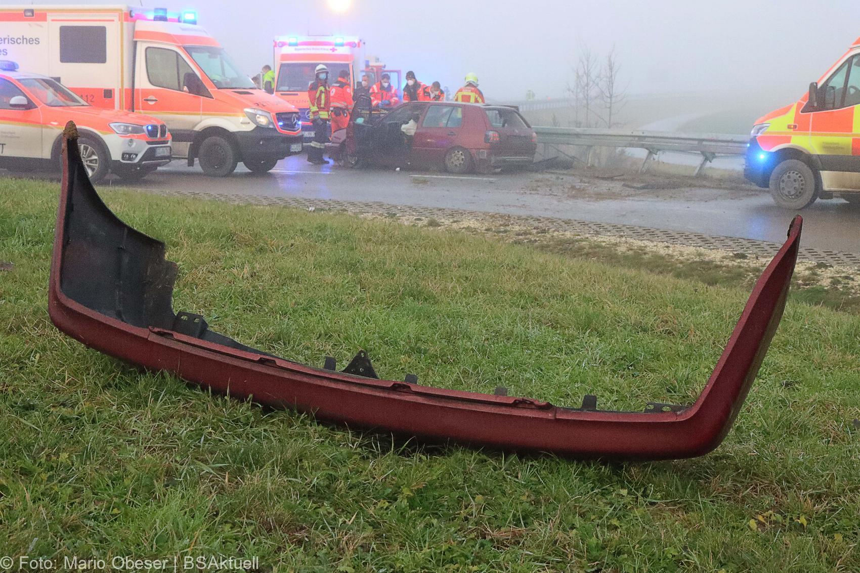 Unfall Kreisverkehr Limbach 16122020 9