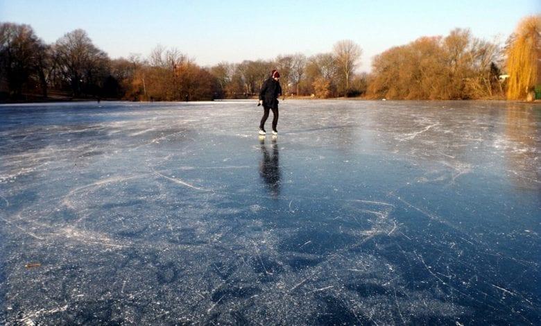 Eisflaeche See Weier