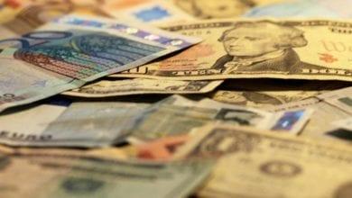 Euro- und Dollarscheine dts