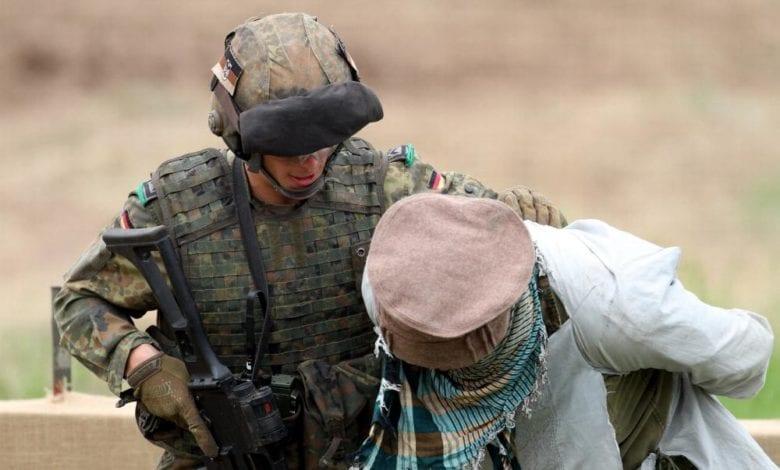 Soldat uebt Festnahme dts