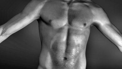 Mann nackt